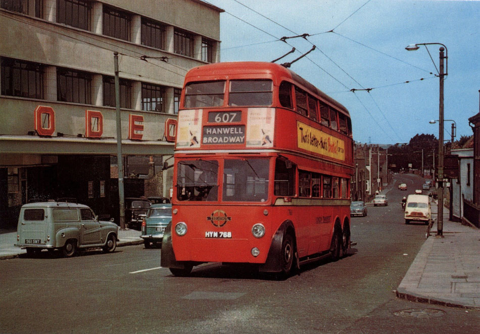 1768 [preserved by LT] passing the Odeon cinema, Uxbridge in 1960