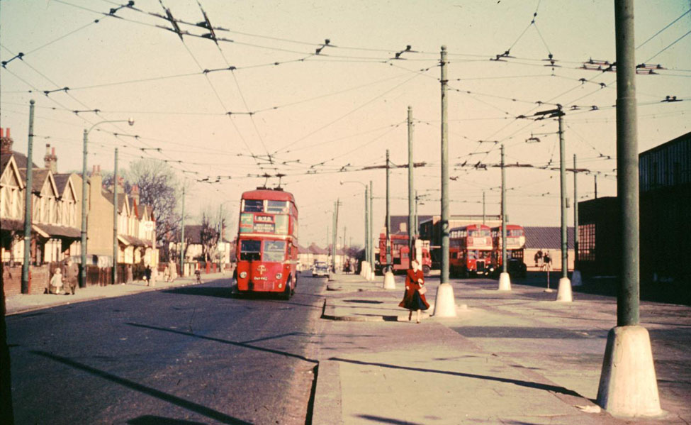 David Bradley Online London Trolleybus Routes 696 And