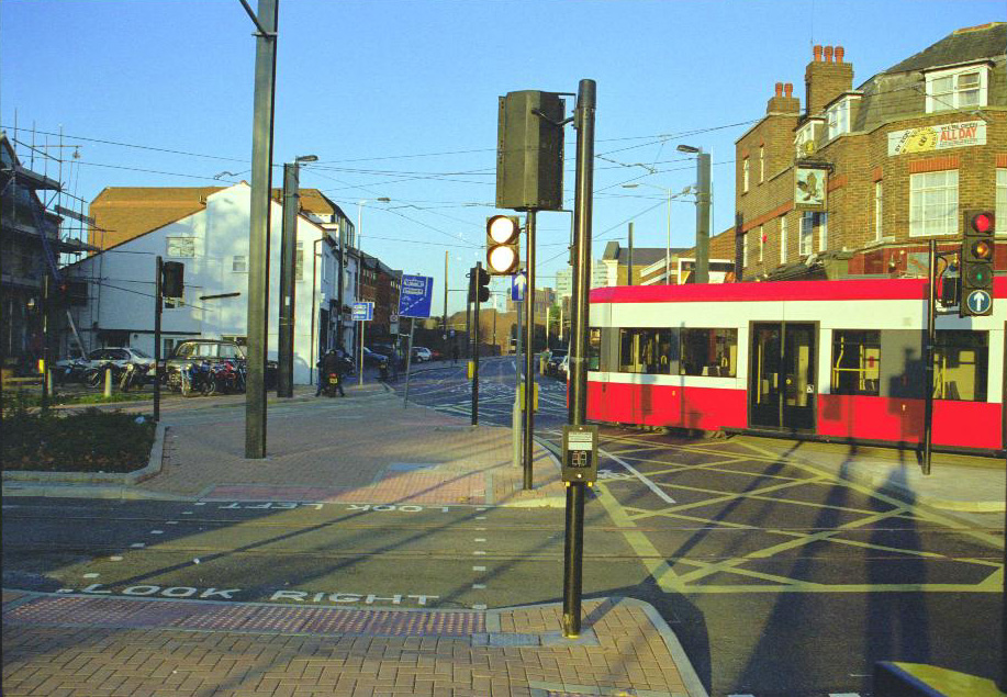 Bottom of Tamworth Road in November 1999
